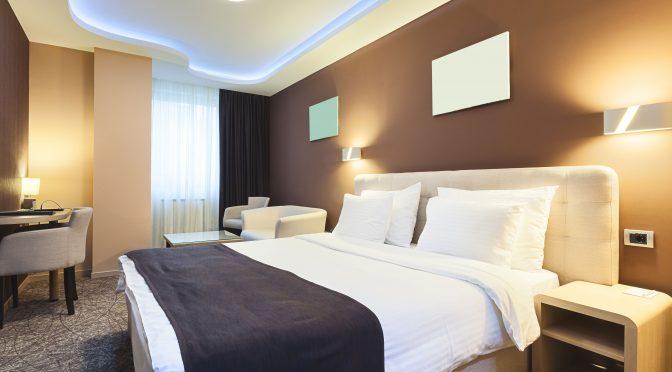 habitación de hotel con climatización por Fan Coil