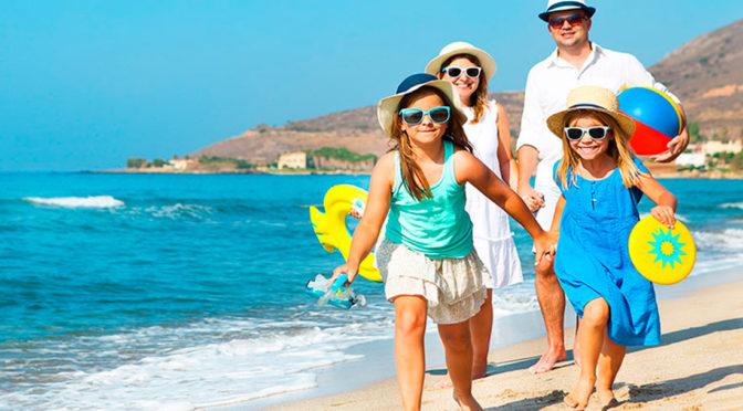 viajes en familia en la playa